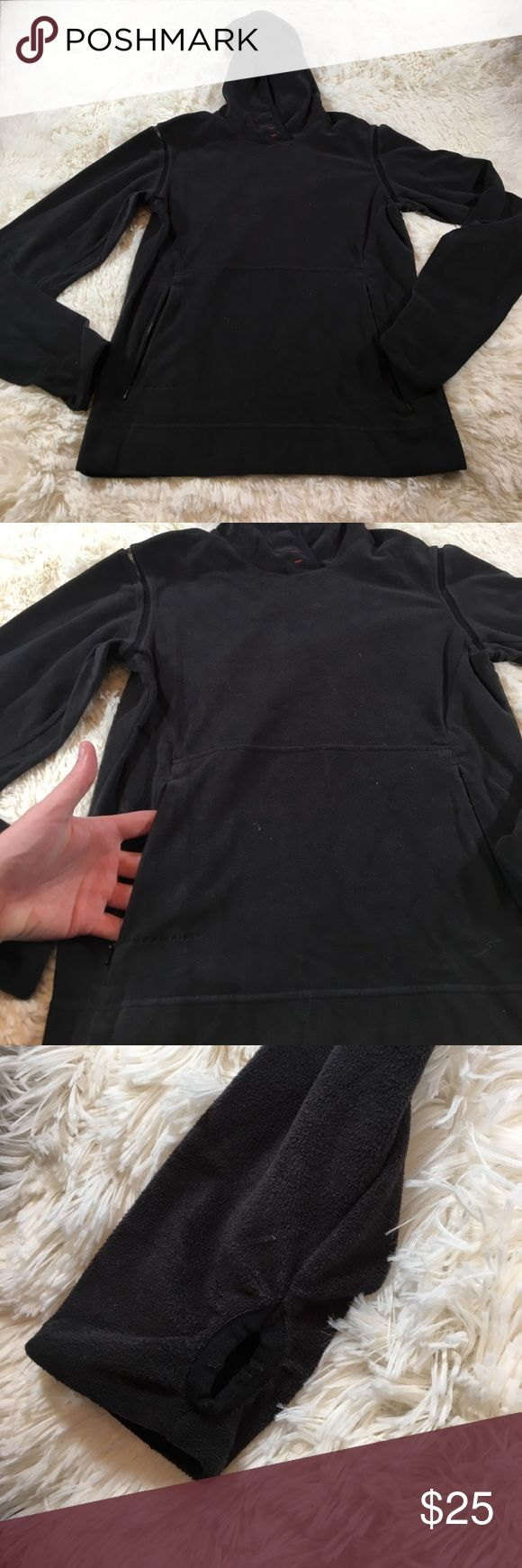 Nike ACG fleece jacket Women's small Nike ACG fleece jacket with front pockets and thumb holes.    Box..2 Nike ACG Jackets & Coats