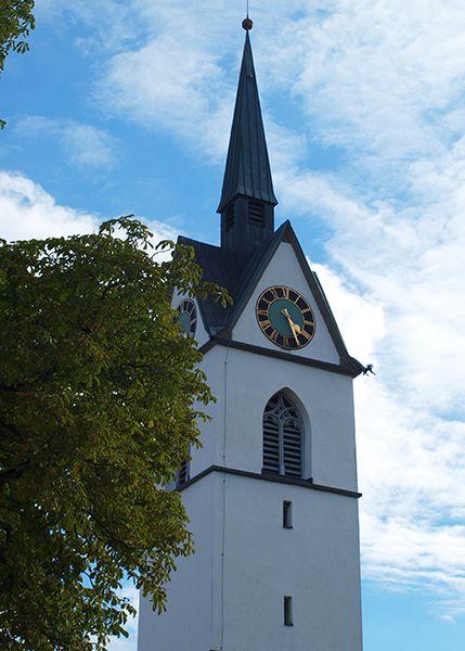Vagacosmos, Suiza, reloj iglesia