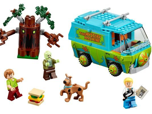 Scooby LEGO ... coming this summer !!