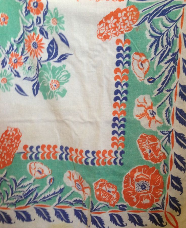 Aunt eva 39 s tablecloth turquoise and orange colors photo for Table linen color combinations