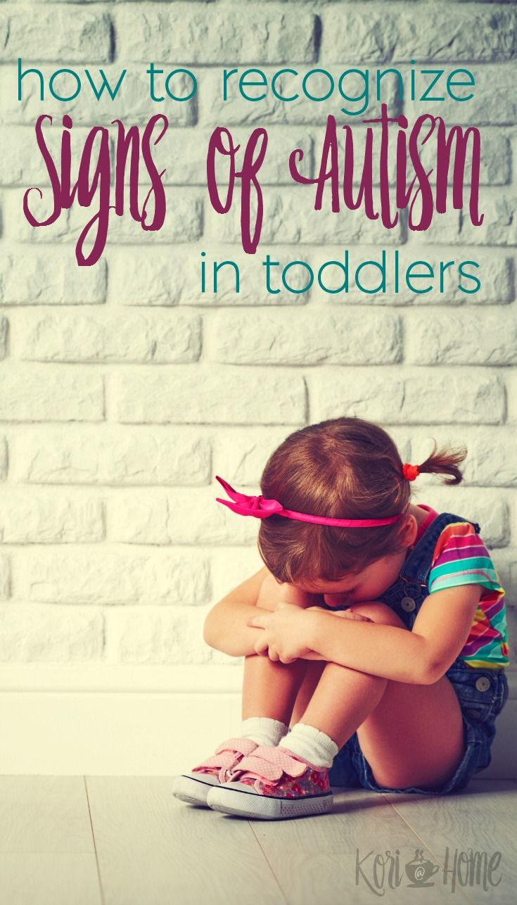 Early intervention is key when it comes to treating autism in children. Here's how to recognize some signs of autism in toddlers.