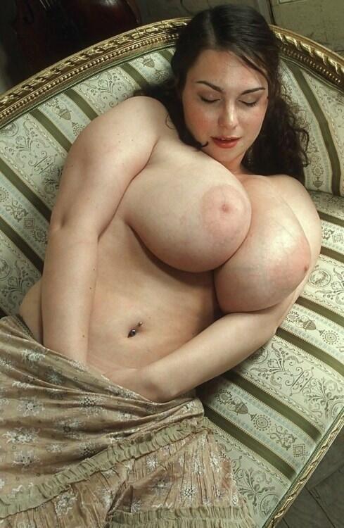 chubby girl world