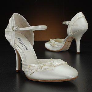 benjamin adams liza white & ivory  Wedding ShoesAdam Shoes, Liza Dyeable, Benjamin Adam, Wedding Shoes, Liza White, Bridal Shoes, Adam Liza, Dyeable Bridal, Bouquets Bridesmaid
