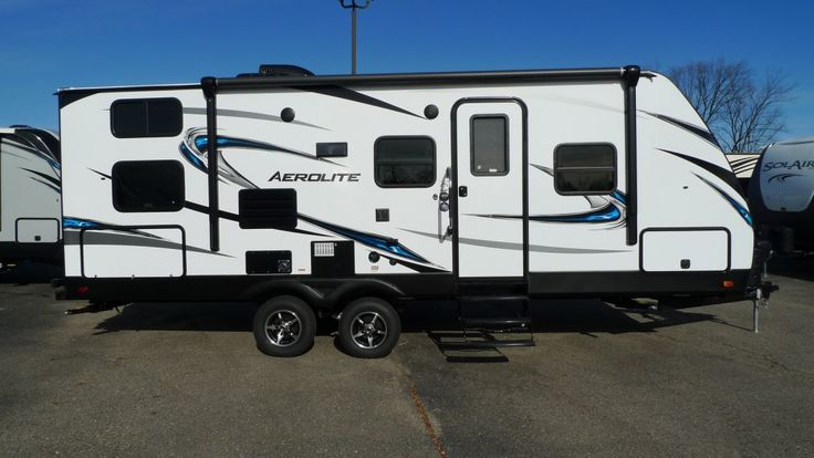 TAKE FAMILY TIME UP A NOTCH!!!  2017 Dutchmen Aerolite 2320BHSL With a kitchen skylight, you can wash dishes and chop veggies in a natural beam of sunshine, and the Bluetooth® stereo lets you play your favorite songs while you do! This RV also comes equipped with radial tires for tougher durability, a longer tread life, and improved overall performance!  Give our Aerolite expert Norman Wells a call 231-730-3481 for pricing and more information.