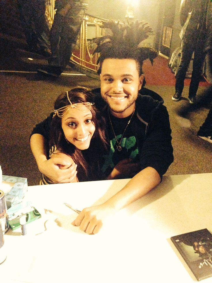 The weeknd and a fan. Xo till we overdose. Kissland fall tour. Abel