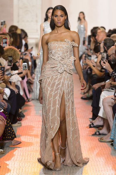 14595e6665 Elie Saab at Couture Fall 2018 - Livingly