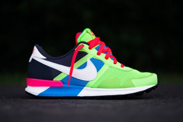 #Nike Air Pegasus 83/30 Blue Hero/Flash Lime-I would rock the hec outta of these men shoe or not!!!♡
