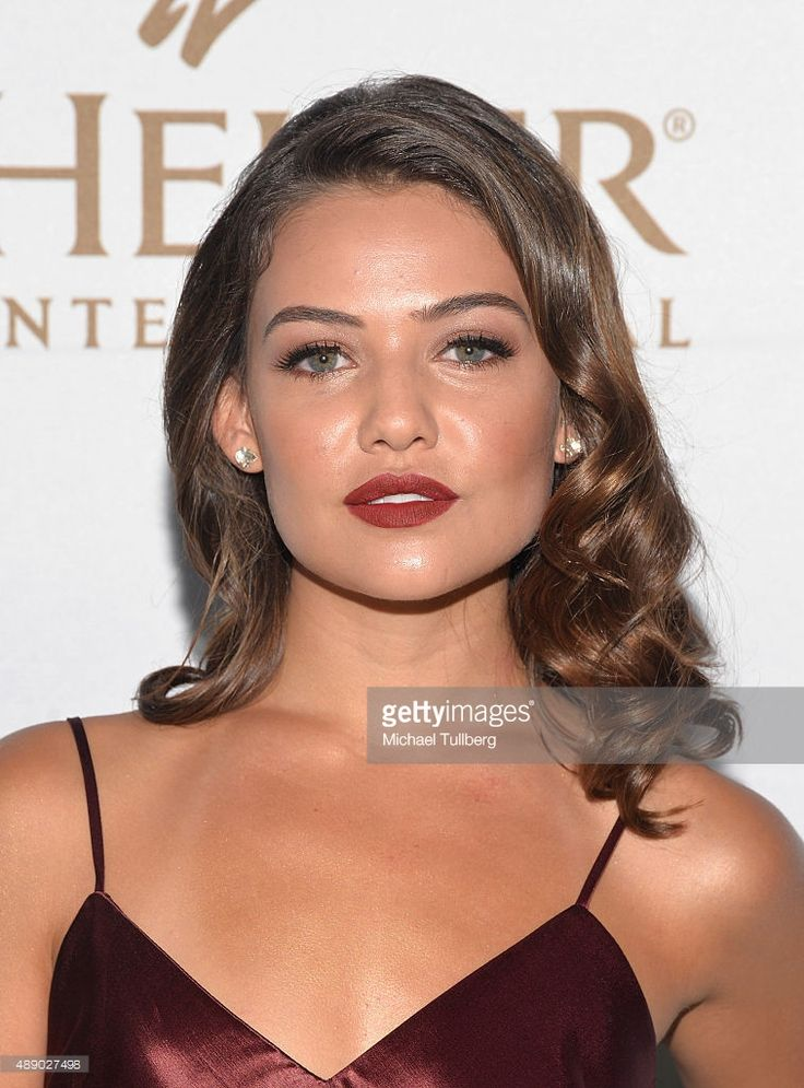 HBD Danielle Campbell January 30th 1995: age 21