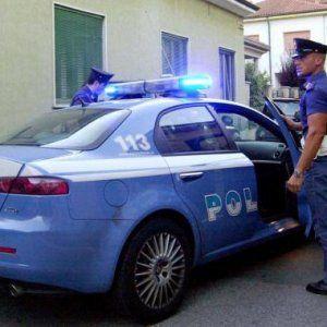 Offerte di lavoro Palermo  Indagini della polizia per accertare le cause del rogo  #annuncio #pagato #jobs #Italia #Sicilia Palermo: incendio in negozio di Ballarò