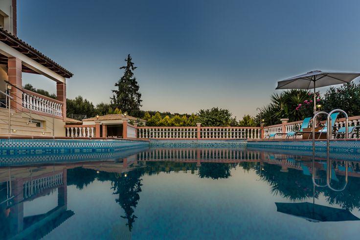 cretan villa, photography by studio φ