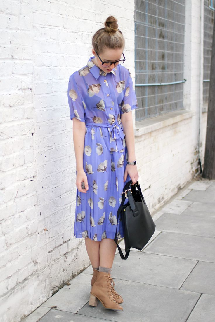 Vintage Style Floral Dress from THE WHITEPEPPER: Fashion, Vintage Dresses, Street Style, Bag, Wear, Floral Vintage, Floral Dresses