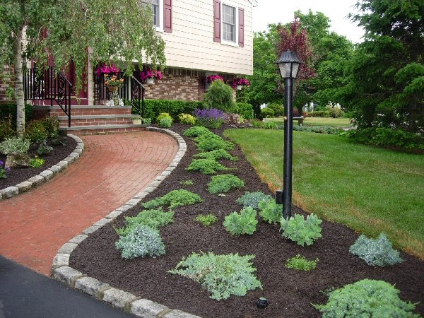 the 91 best images about curb appeal on pinterest walkways front yard landscaping and front yards. Black Bedroom Furniture Sets. Home Design Ideas