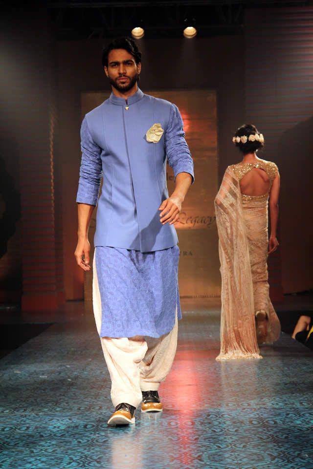 Manish Malhotra. Mijwan 15'. Indian Couture.