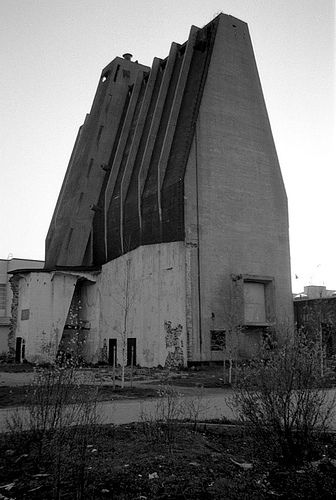 Toppila Pulp Mill by Alvar Aalto in Oulu, Finland by jukkar, via Flickr Built in 1930-33, extended in 1942-44. Mill was closed in 1985