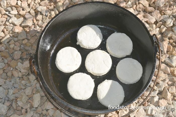 How To Make The Best Dutch Oven Biscuits Ever by FoodStorageMoms.com