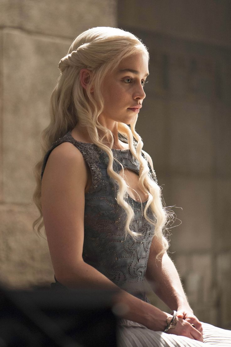 daenerys targaryen blue white - photo #6