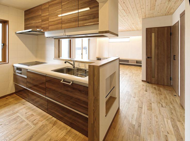 吊戸棚の下にアイエリアボックスを取り付け、日々の家事をサポートします。|キッチン|カウンター|