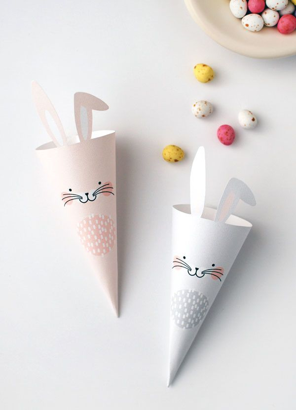 FREE PRINTABLE Easter Bunny treat cones. Cute and graphic alternative to Easter baskets. | Download from WE ARE SCOUT