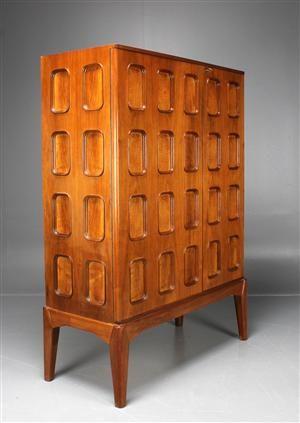 Lot: 3539660Carl Cederholm, Firma Stil & Form, cabinet, 1940s