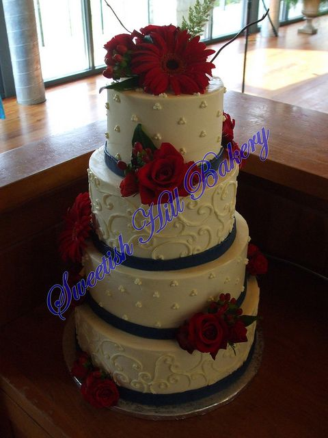 red and navy blue wedding cakes best 25 navy wedding ideas on navy 19083