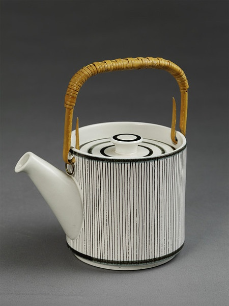 Design by Stig Lindberg, manufactured 1956-1957 by Gustavsberg in Sweden.  Source: V and A Collections