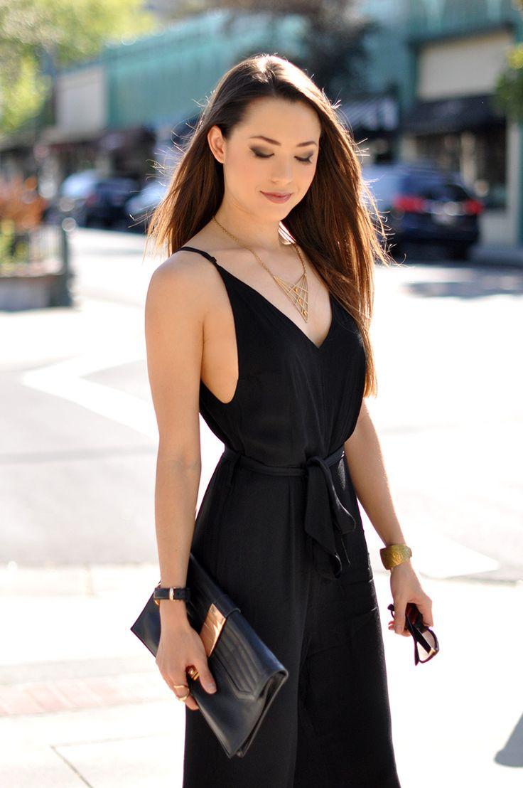 Jessica Ricks Beautiful Hot Black Dress Fashion