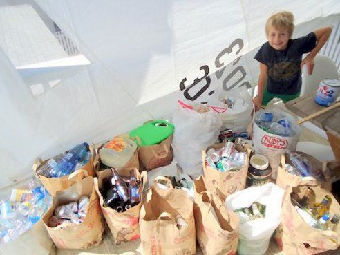 10-Year-Old's Recycling Business Hailed by City Leaders : TreeHugger