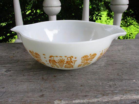 Vintage Pyrex Rare Orange Butterprint 4 Quart Mixing Bowl 444
