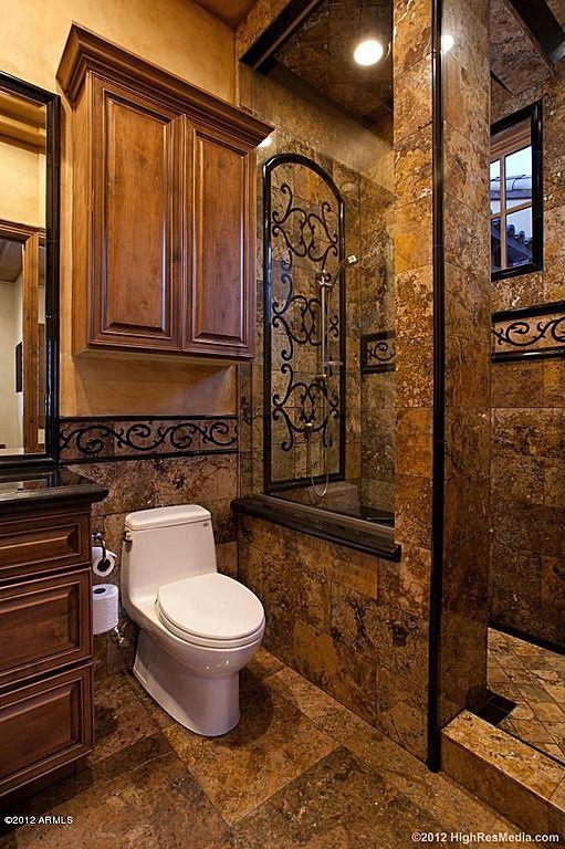 Wow Lots Of Details In This Bathroom Bathroomdesigns