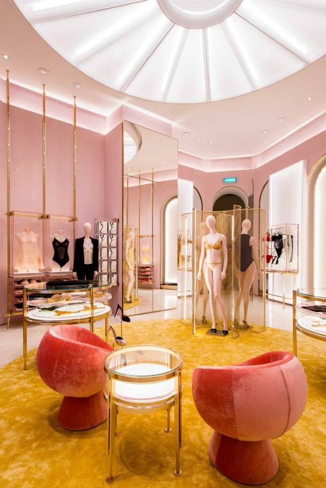 La Perla - Retail Design - Boutique - Loja - Lingerie                                                                                                                                                                                 More
