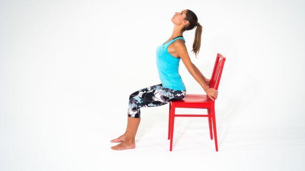 Un esercio semplice da fare in casa per migliorare la postura e il rilassamento dei muscoli della schiena