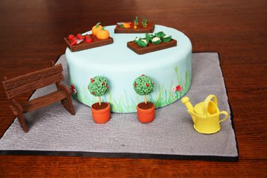 Garden cake by Bronnie Bakes - tutorials by other bakers for the little bits included in the text