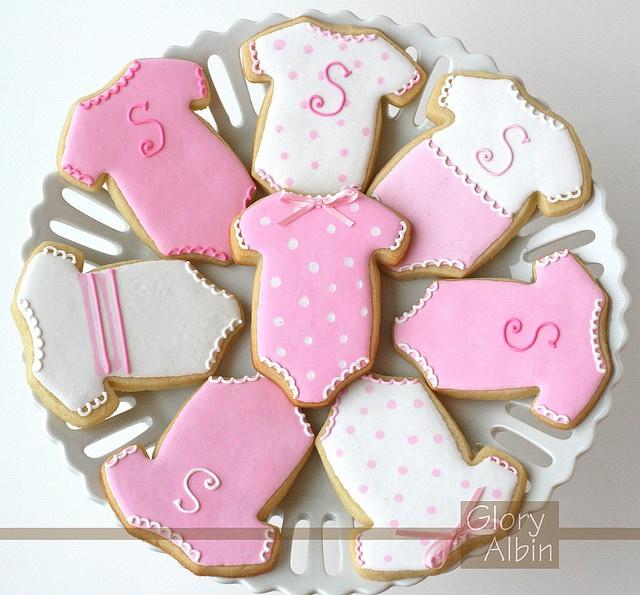 Onesie Cookies. neat baby shower snack