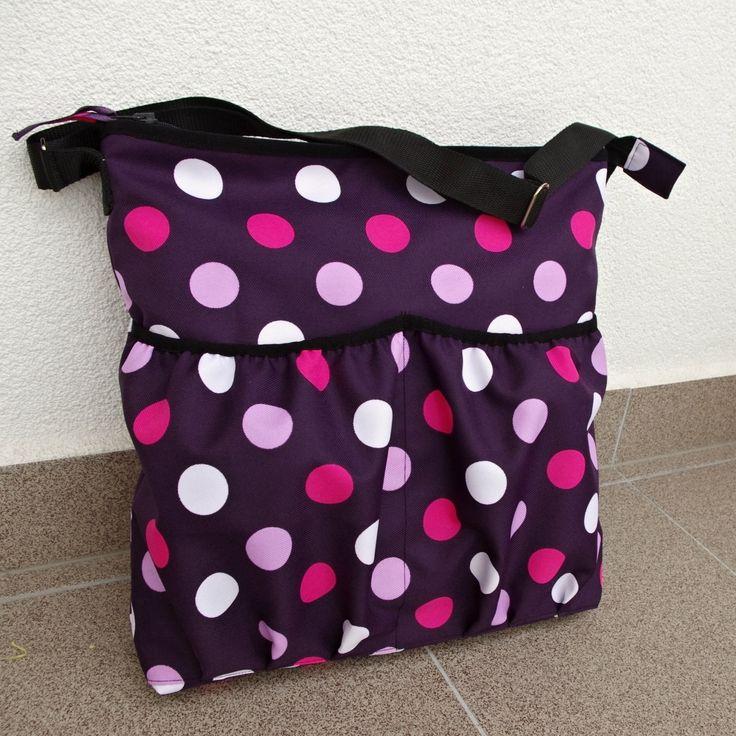 Veselé puntíky k růžové i fialové boudičce
