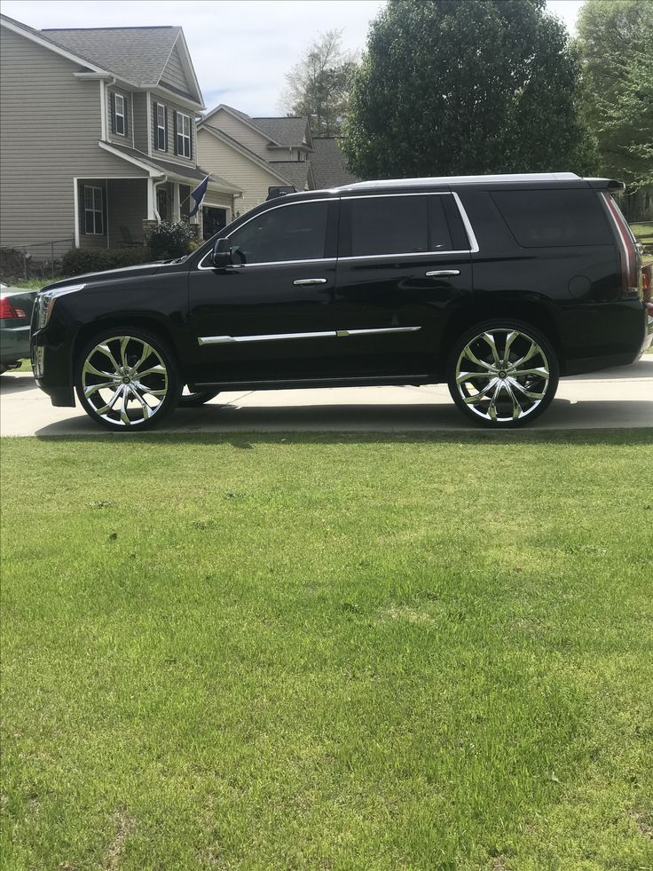 "2015 Cadillac Escalade on 26"" Lexani Lust"
