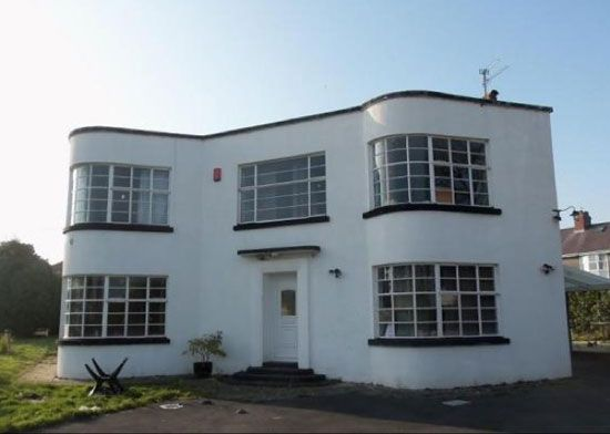 Four-bedroom grade II-listed art deco property in Carmarthen, Carmarthenshire