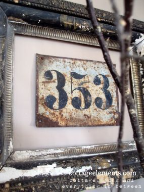 ...dads lucky numbers...Old House, Frames Numbers, Old Frames, Junk Marketing, Marketing Style, Cottages Elements, Vintage Numbers, House Numbers, Elements Showcase