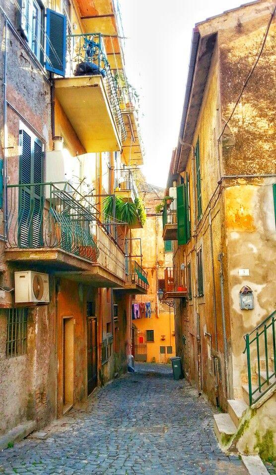 Улочки г.Аричча, близ Рима / Ariccia, Italy, Italia