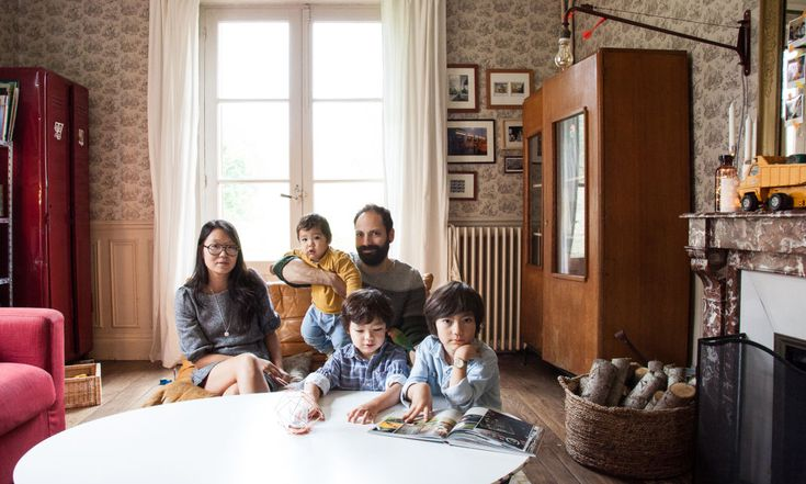 Guillaume et Aline,<br> Gaspard 6 ans, Aristide 5 ans<br> et Augustin 11 mois