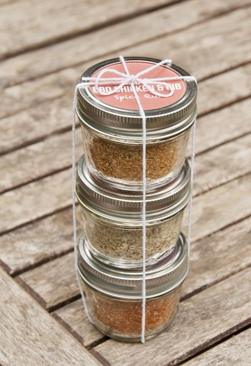Father's Day DIY Spice Rubs. Go to www.delishsis.com to see the recipe and download custom labels you can print at home!