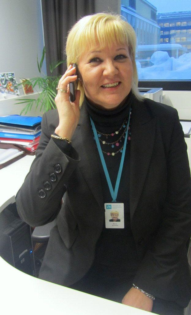 Lisätietoja tehtävästä saat soittamalla Marjo Ahoselle  ke 19.12. klo 14-15, 28.12. klo 12-13  tai 4.1. klo 11-2    Puh. 040 5224661    Hae: http://careers.fi/yle/careers.cgi?action=view_id=2318=fin