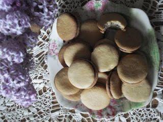 Mennonite Girls Can Cook: OMA'S JAM JAMS