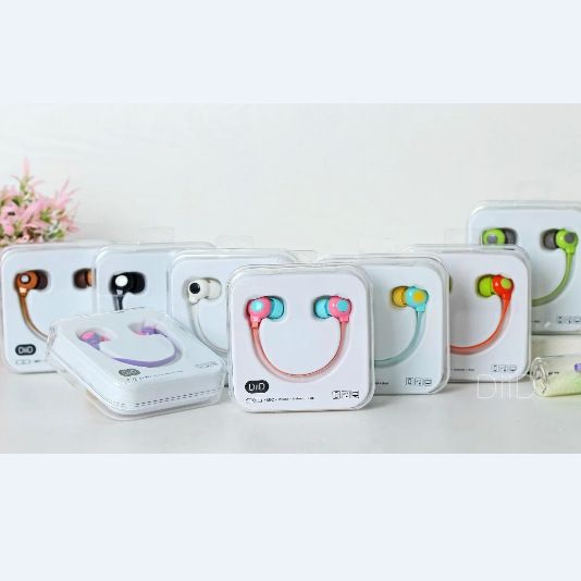 $4.21 (Buy here: https://alitems.com/g/1e8d114494ebda23ff8b16525dc3e8/?i=5&ulp=https%3A%2F%2Fwww.aliexpress.com%2Fitem%2F2016-In-Ear-stereo-earbuds-with-mic-smile-box-music-headphone-mobile-phone-earphone-for-Iphone%2F32635648452.html ) 2017 In-Ear stereo earbuds with mic smile box music fashion mobile phone earphone for Iphone samsung xiaomi LG Huawei HTC ID64 for just $4.21