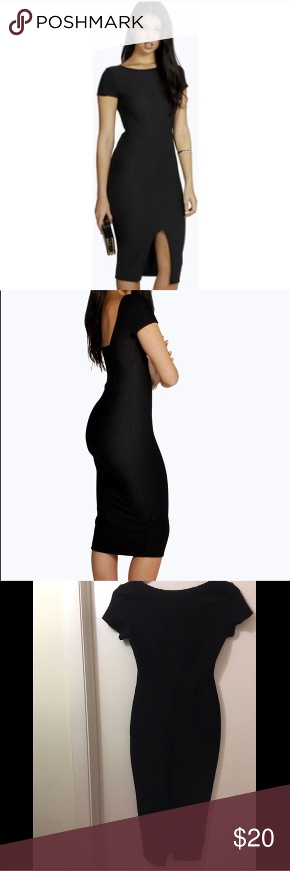 Boohoo black fitted dress This is a really cute black fitted boohoo dress. Anna textured formal slit midi. Prefect for any special occasion! Boohoo Dresses Midi