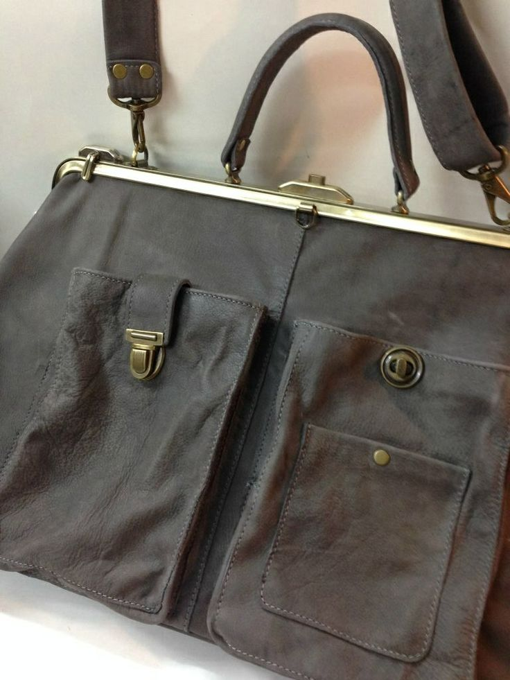 doctor bag . everybody's favorite . made of Italian soft cowhide