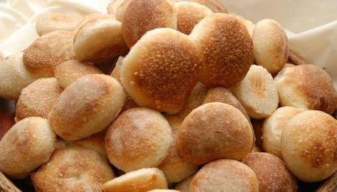 bread - gluten free Receta de pan fácil Ingredientes 2 cucharaditas de polvo de hornear 2 huevos 12 cucharadas de leche en polvo