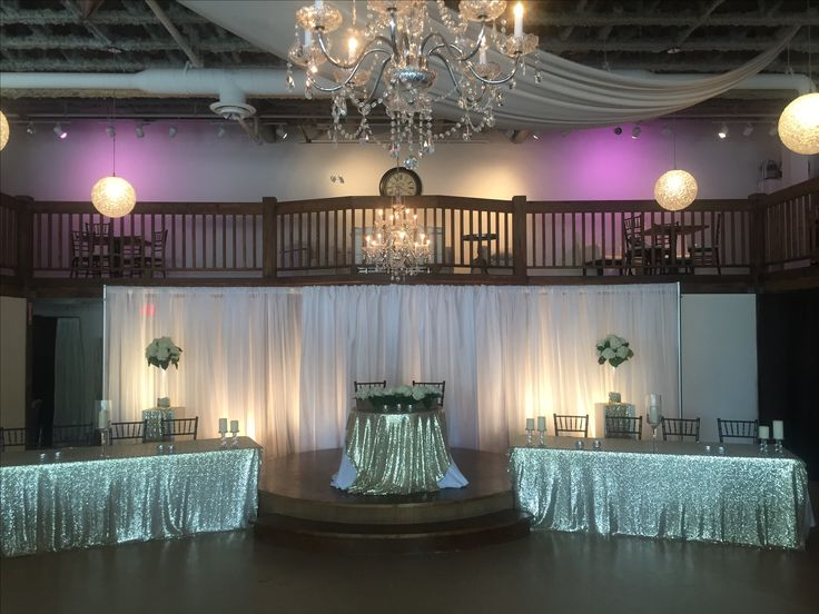 2 rectangle table head table with sweetheart table on stage