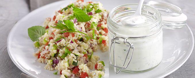 Gemüse-Couscous mit Joghurt-Minzsauce | Vegetarische Gerichte zum Abnehmen von Almased