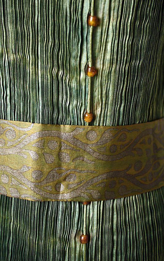 Evening dress Mariano Fortuny (Spanish, Granada 1871–1949 Venice) Design House: Fortuny (Italian, founded 1906) Date: ca. 1932 Culture: Italian Medium: silk