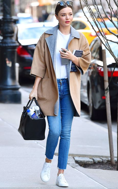 19 Celeb-Inspired Ways to Wear White Sneakers | People - Miranda Kerr